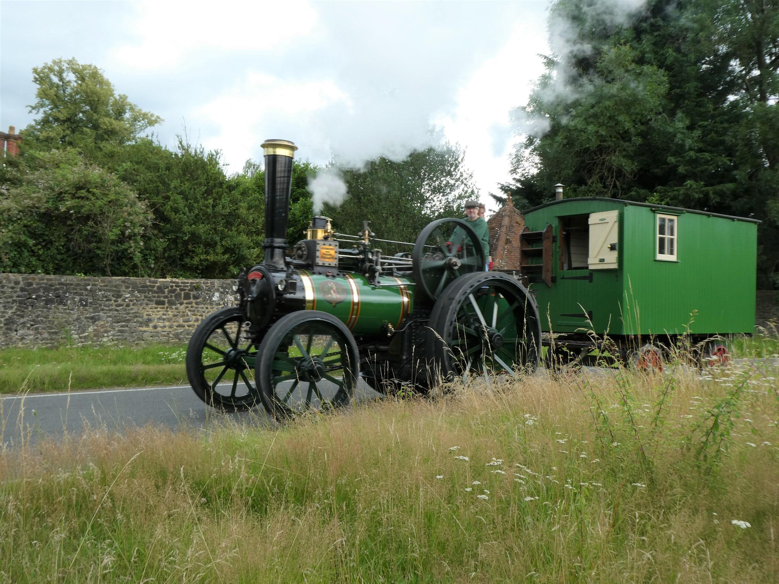 Victoria, Wagon and trailer reunite